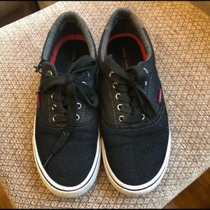 LEVI'S Canvas Sneakers Size 7
